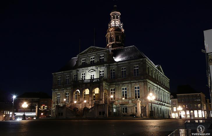 Maastricht Markt night