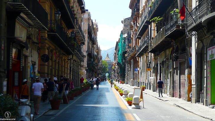 Palermo main street
