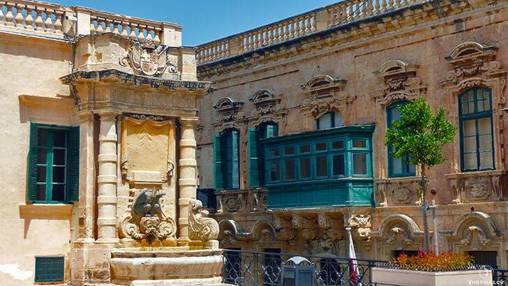 pałac mistrza malta nazdjęciach valletta