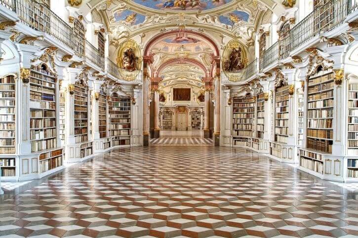 najpiękniejsze biblioteki opactwo wAbbey